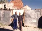 Dos vecinos en la calle del Palacio